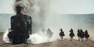 cabalgando junto al tren