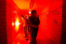 Pitt pasillo rojo