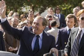 Nixon saluda a la gente