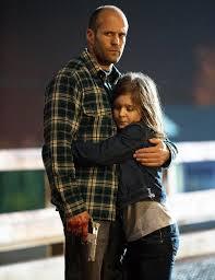 Manu Zapata_El cine (de estreno) fácil de leer_vivazapata.net_ abraza a su hija
