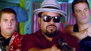 Manu Zapata_El cine (de estreno) fácil de leer_vivazapata.net_Ice Cube