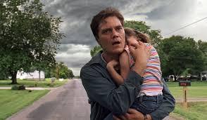 Manu Zapata_El cine (de estreno) fácil de leer_vivazapata.net_protegiendo a la niña