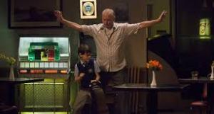 Manu Zapata_El cine (de estreno) fácil de leer_vivazapata.net_bailando con el niño