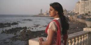 Manu Zapata_El cine (de estreno) fácil de leer_vivazapata.net_NANDITA mirando al mar