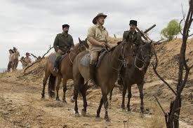 Manu Zapata_El cine (de estreno) fácil de leer_vivazapata.net_ a caballo 2