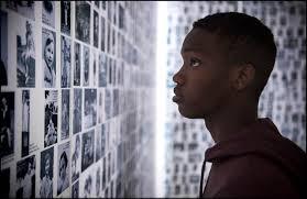 Manu Zapata_El cine (de estreno) fácil de leer_vivazapata.net_ante el muro