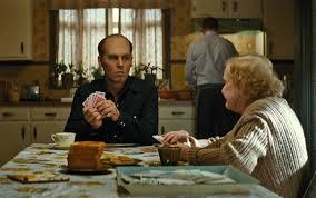 Manu Zapata_El cine (de estreno) fácil de leer_vivazapata.net_BLACK MASS_Johnny Depp con su madre