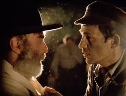 Manu Zapata_El cine (de estreno) fácil de leer_vivazapata.net_EL HIJO DE SAÚL_conel rabino