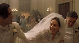 Manu Zapata_El cine (de estreno) fácil de leer_vivazapata.net_JOY_Jennifer Lawrence y Robert de Niro boda