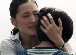 Manu Zapata_El cine (de estreno) fácil de leer_vivazapata.net_NUESTRA HERMANA PEQUEÑA_hermana mayor y hermana pequeña