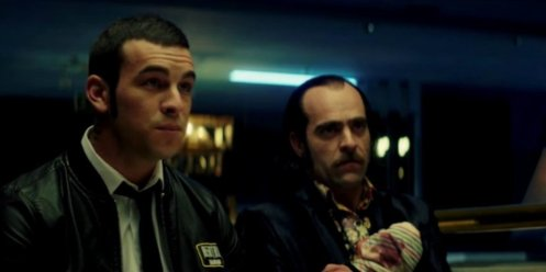 Manu Zapata_El cine (de estreno) fácil de leer_vivazapata.net_TORO_Mario Casas y Luis Tosar