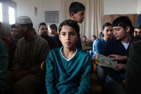 Manu Zapata_El cine (de estreno) fácil de leer_vivazapata.net_IDOL_canta en ceremonias religiosas