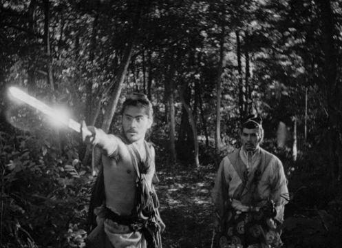 Manu Zapata_El cine (de estreno) fácil de leer_vivazapata.net_RASHOMON_Toshiro Mifune, Tajomaru y el señor feudal. el uso de la luz