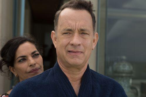 Manu Zapata_El cine (de estreno) fácil de leer_vivazapata.net_ESPERANDO AL REY_Tom Hanks y la doctora