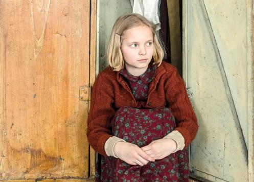 Manu Zapata_El cine (de estreno) fácil de leer_vivazapata.net_LA CLASE DE ESGRIMA_La niña protagonista
