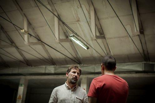 manu-zapata_el-cine-de-estreno-facil-de-leer_vivazapata-net_tarde-para-la-ira_antonio-de-la-torre-y-luis-callejo-frente-a-frente