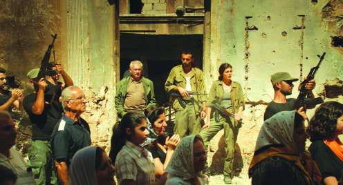 Manu Zapata_El cine (de estreno) fácil de leer_vivazapata.net_UNA HISTORIA DE LOCOS_Ejercito de Liberación de Armenia