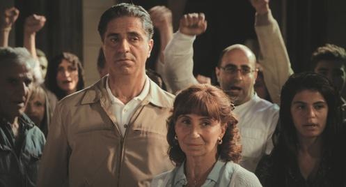 Manu Zapata_El cine (de estreno) fácil de leer_vivazapata.net_UNA HISTORIA DE LOCOS_Simon Abkarian y Arian Ascaride
