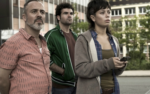 Manu Zapata_El cine (de estreno) fácil de leer_vivazapata.net_EL OLIVO_Anna Castillo, Javier Gutiérrez y Pep Ambrós