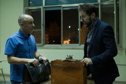 Manu Zapata_El cine (de estreno) fácil de leer_vivazapata.net_EL AUTOR_Javier Gutiérrez y Antonio de la Torre