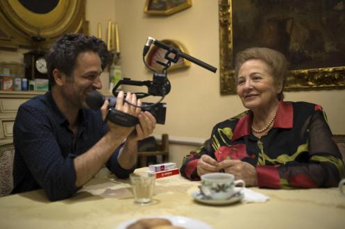 Manu Zapata_El cine (de estreno) fácil de leer_vivazapata.net_MUCHOS HIJOS, UN MONO Y UN CASTILLO_Gustavo y Julita Salmerón