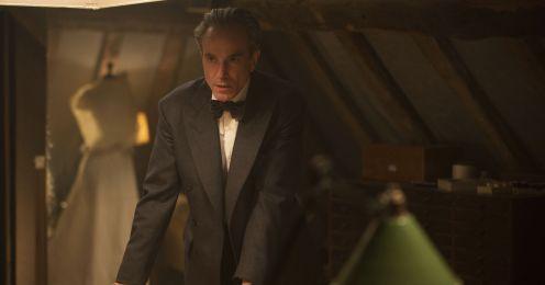 Manu Zapata_El cine (de estreno) fácil de leer_vivazapata.net_EL HILO INVISIBLE_Daniel Day-Lewis en taller