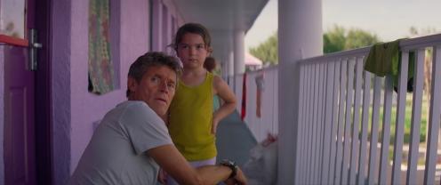 Manu Zapata_El cine (de estreno) fácil de leer_vivazapata.net_THE FLORIDA PROJECT_Willem Dafoe y Brooklynn Prince