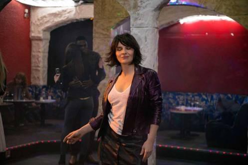 Manu Zapata_El cine (de estreno) fácil de leer_vivazapata.net_UN SOL INTERIOR_Juliette Binoche bailando