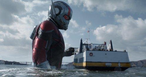Manu Zapata_El cine (de estreno) fácil de leer_vivazapata.net_ANT-MAN Y LA AVISPA_Ant-man gigante