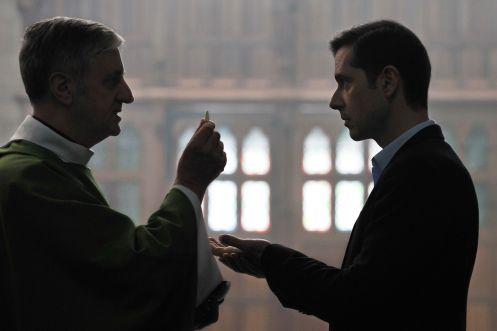 Manu Zapata_El cine (de estreno) fácil de leer_vivazapata.net_GRACIAS A DIOS_Melville Paupaud