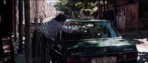 Manu Zapata_El cine (de estreno) fácil de leer_vivazapata.net_LAS HEREDERAS_Ana Brun coche