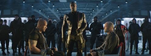 Manu Zapata_El cine (de estreno) fácil de leer_vivazapata.net_FAST & FURIOUS HOBBS & SHAW_Dwayne Johnson, Idris Elba y Jason Statham