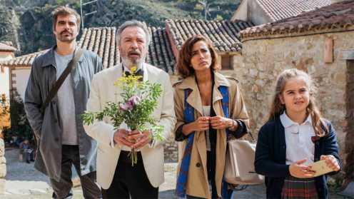Inma Cuesta, Óscar Martínez, Mafalda Carbonell y Nacho López_Manu Zapata_El cine (de estreno) fácil de leer_vivazapata.net_VIVIR DOS VECES