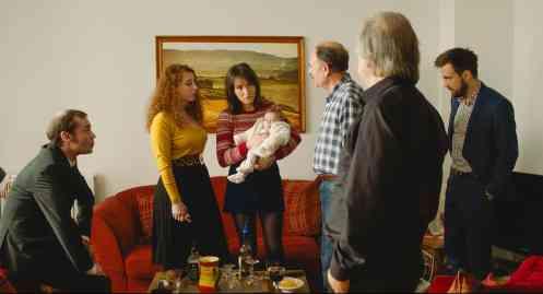 La familia al completo_Manu Zapata_El cine (de estreno) fácil de leer_vivazapata.net_GLORIA MUNDI