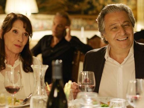 Christian Clavier y su mujer_Manu Zapata_El cine (de estreno) fácil de leer_vivazapata.net_DIOS MÍO, ¿PERO QUÉ TE HEMOS HECHO... AHORA?