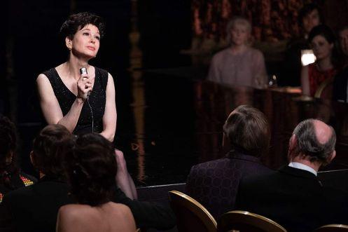 Renée Zellweger canta espectadores_Manu Zapata_El cine (de estreno) fácil de leer_vivazapata.net_JUDY